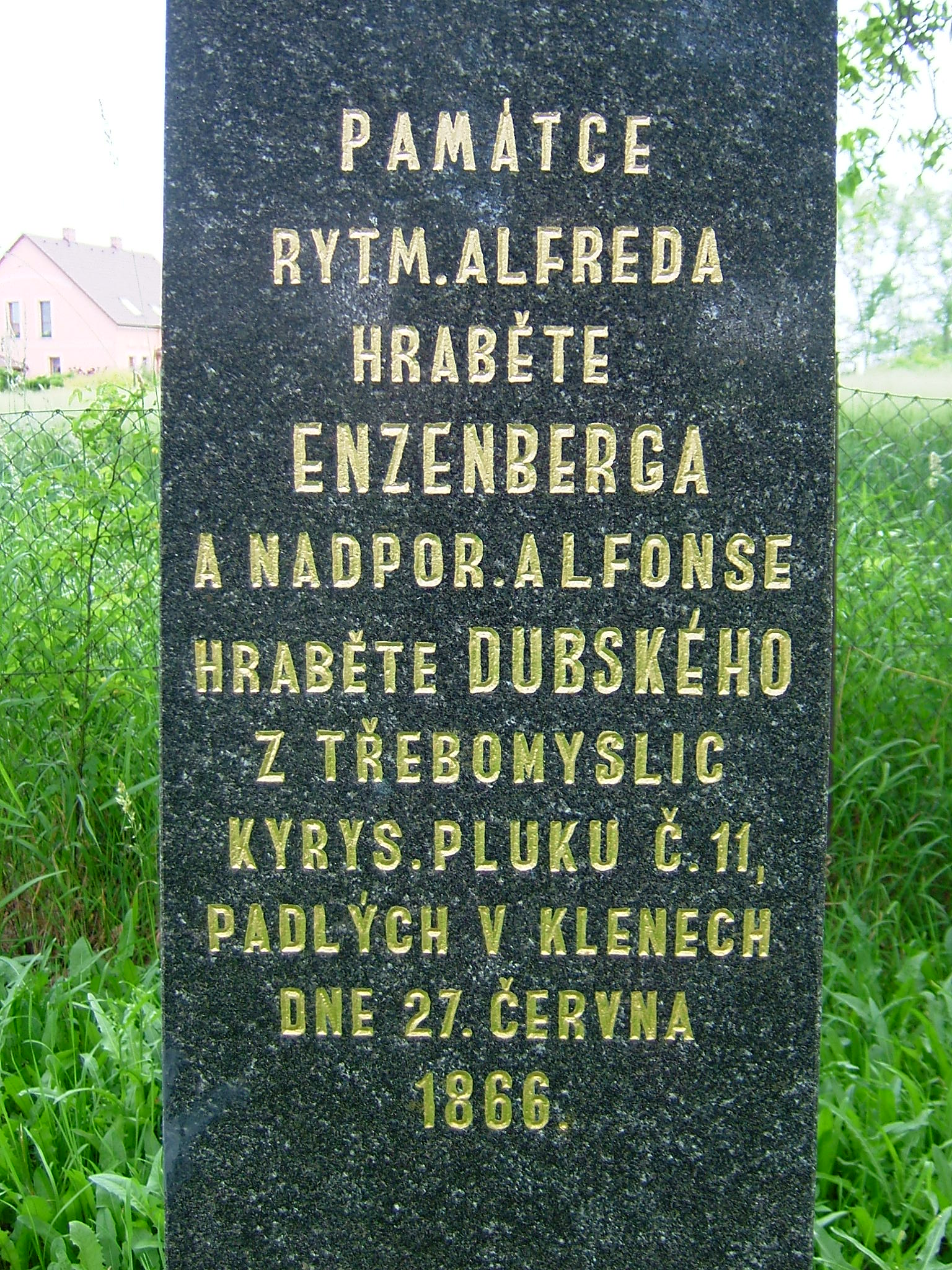 Pomník rakouských důstojníků kyrysnického pluku č. 11